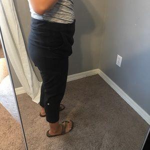 Lululemon Ankle Jogger Crops sz 10
